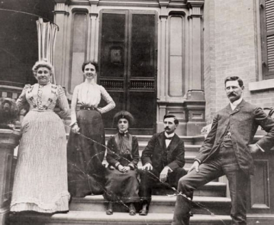 Madame Zoë Laurier, left, and friends on the steps of the Laurier Avenue home of Sir Wilfrid Laurier, later the home of Mackenzie King. Today, Laurier House is a museum in Sandy Hill.